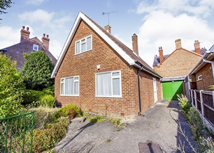 3 Bed Detached Bungalow for Sale on Imperial Road, Beeston