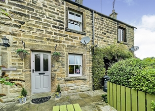 3 Bed Flat for Sale on Monyash Road, Bakewell
