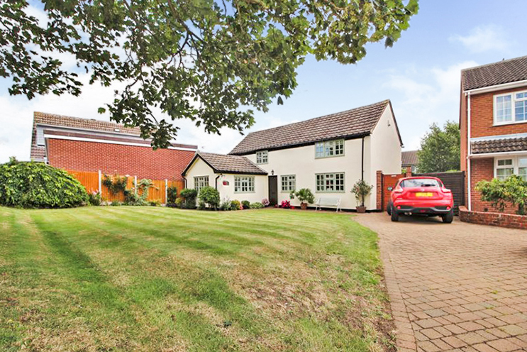 3 Bed Detached for Sale on Hoe View Road, Cropwell Bishop