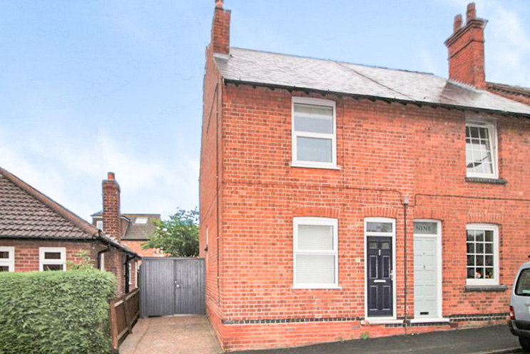 2 Bed Semi Detached House for Sale on Woodside Road, Radcliffe-On-Trent